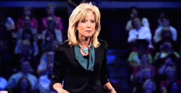 Image source: Beth Moore - Living Proof Simulcast 2013