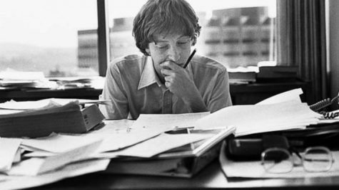 bill-gates-reading