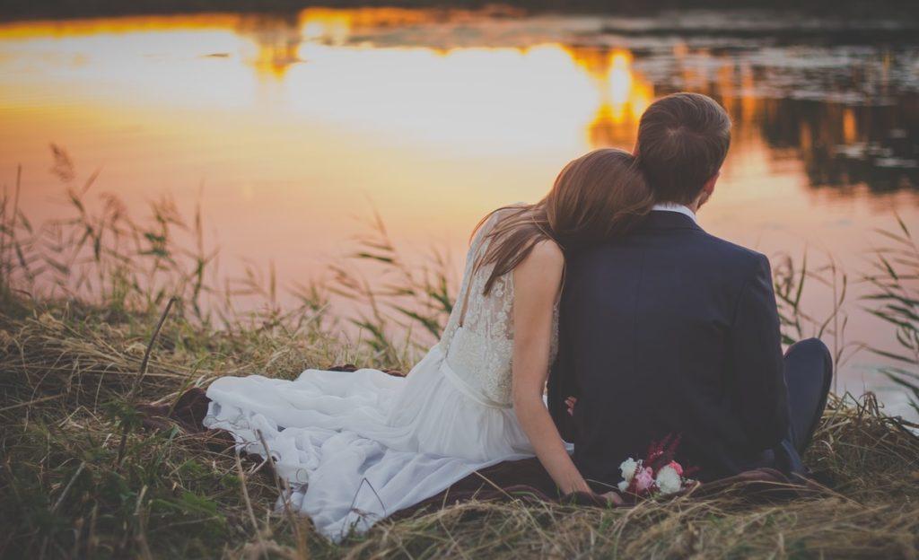 Christian singles - couple courtship